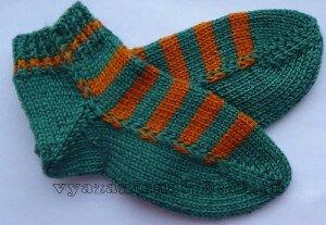 Простейший способ вязания носков на двух спицах без швов